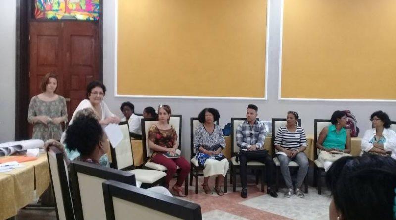 Entrenamiento en Consejería para mujeres en situaciones de violencia.